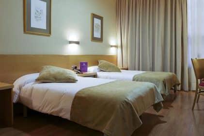 hotel Madrid victoria 4 6